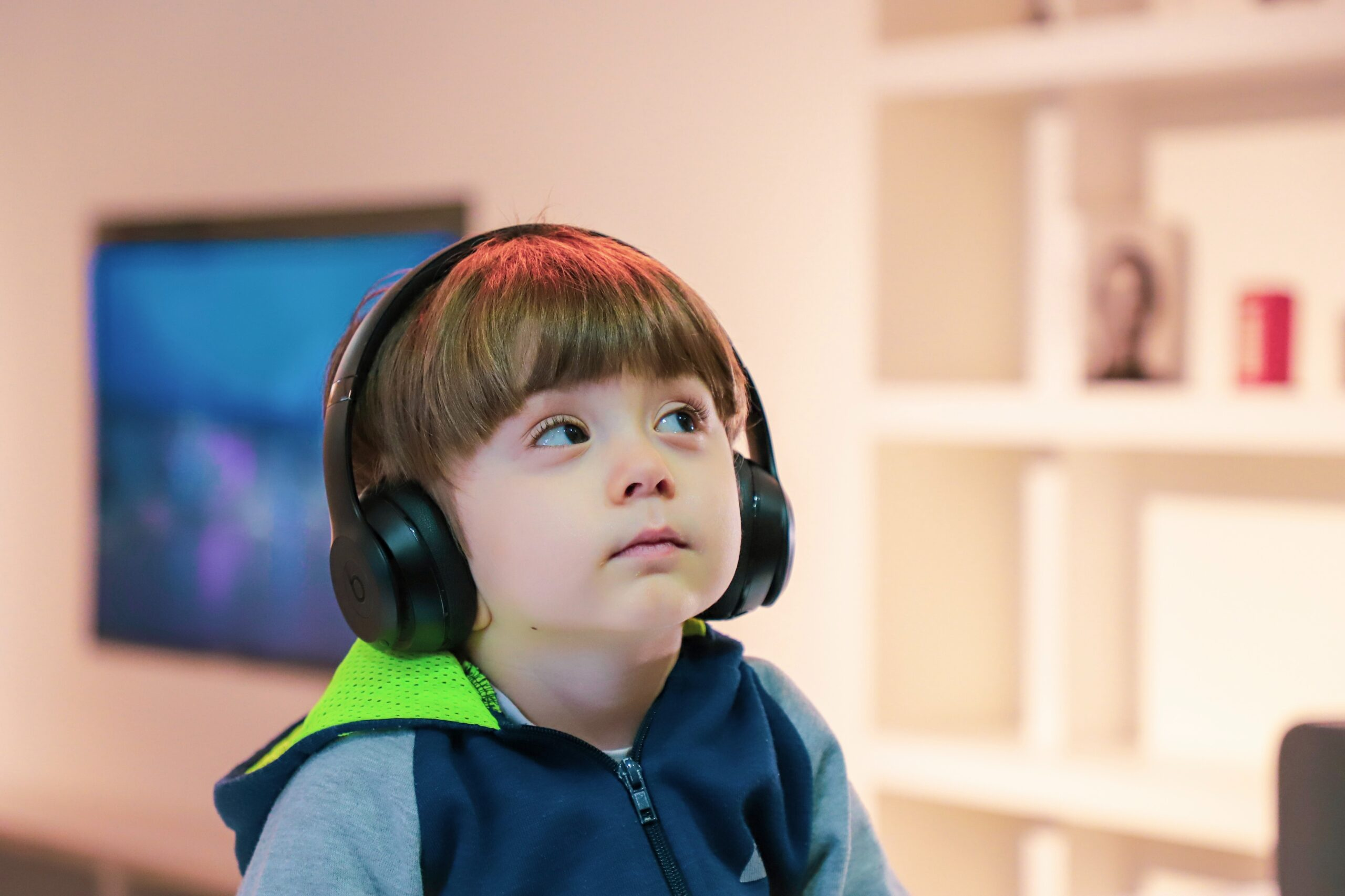 boy with earphones